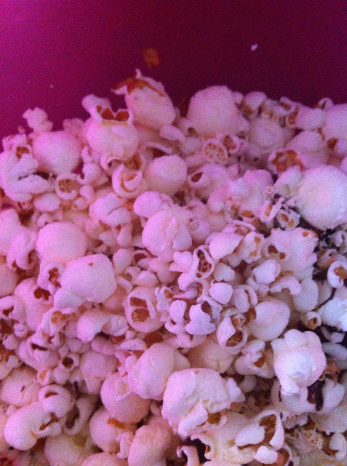 Now put your popcorn a in a bowl and remove all un-popped kernels.
