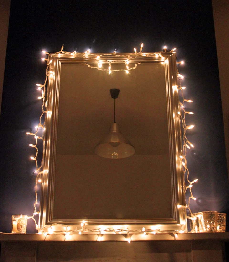 Musely Bedroom mirrors with lights around them