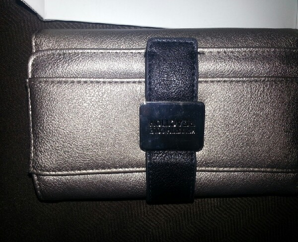 Kennet Cole Clutch actual Price $90, got it for $16