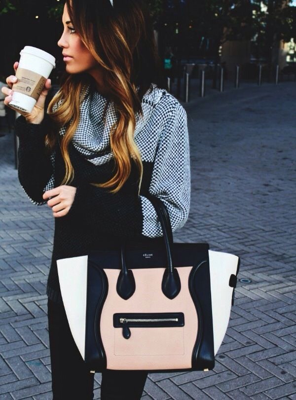 Another one of my favourite fall trends is the chunky handbag. In summer small clutches are usually the popular choice but with added layers and chunkier items of clothing a large bag really balances out the outfit! I especially love the bag shown here, it's called the Celine tote!