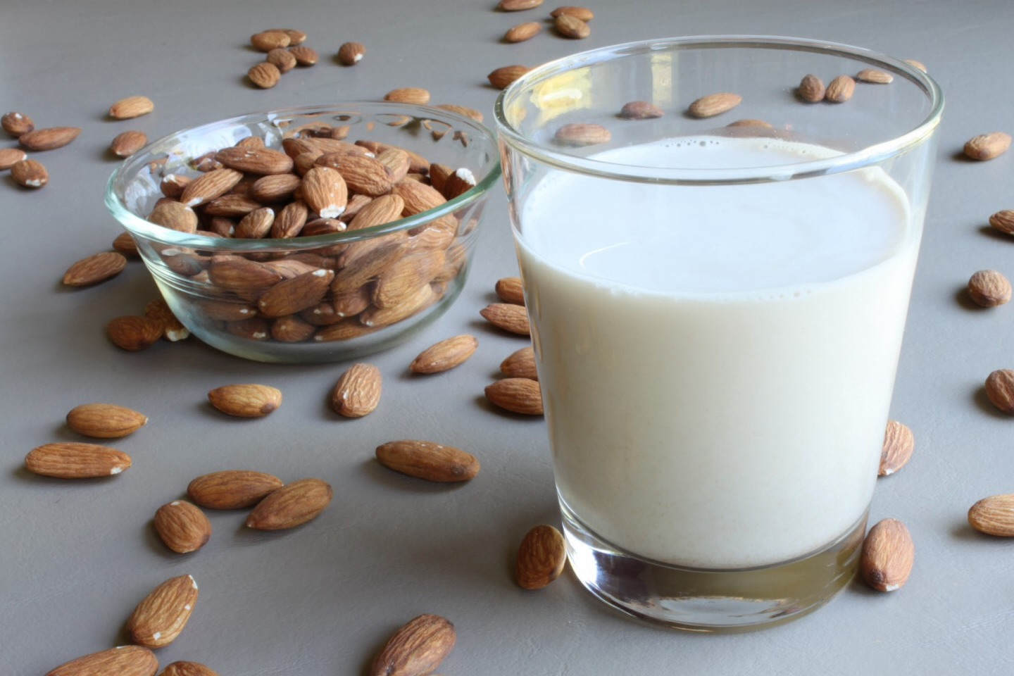 Milk & Almond Oil Face Makeup Remover 1 Tbsp. of whole milk 2 - 3 Drops of sweet almond oil In a small bowl, mix the whole milk with a few drops of sweet almond oil. Dab the milky cleanser on your skin with one cotton pad and use a second, clean cotton pad to wipe your face clean.