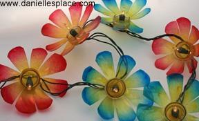 And a bonus plastic bottles turned into flower lights 🌺🌸