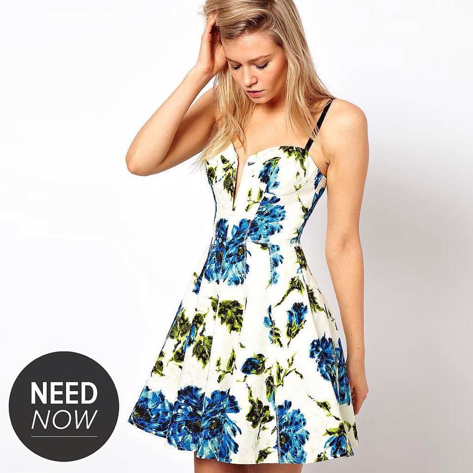 I cute simple dress that are for people a little out of their comfort zone