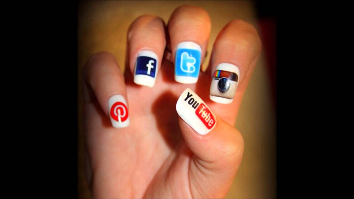 For the Social Birds✌️💙