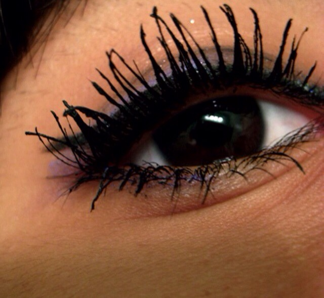 Run mascara under hot water for 1 minute. The heat will melt the clumps giving you smooth, perfect eyelashes every time