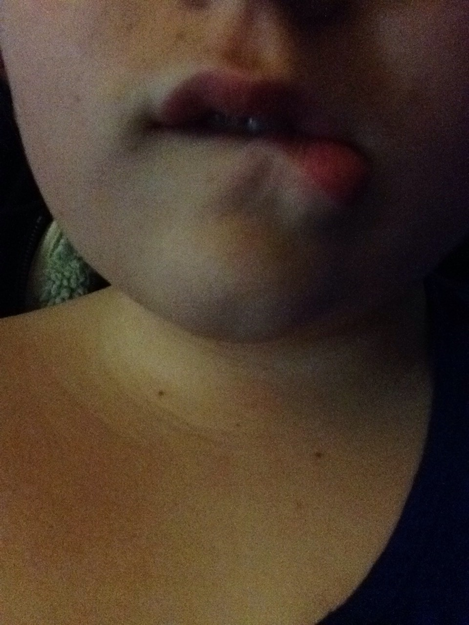 Like this for the bottom lip