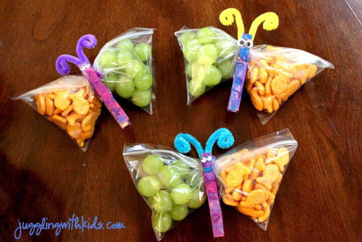 All you need is a clothespin and a Baggie to make any snack into a butterfly.