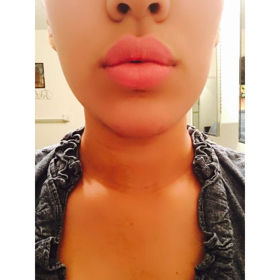 In general, brighter or lighter colors make plumper lips. Nudes, pinks, or peaches.