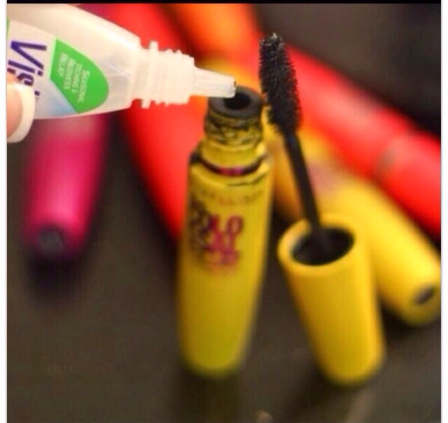 1. Add 3-4 Drops Saline Solution Or Eyedrops  2. Stir With Mascara Wand  3. TA-DA! Fresh New Mascara! Repeat Until You Run Out. 👍   Go LIKE!!!' 👍👍👍👍
