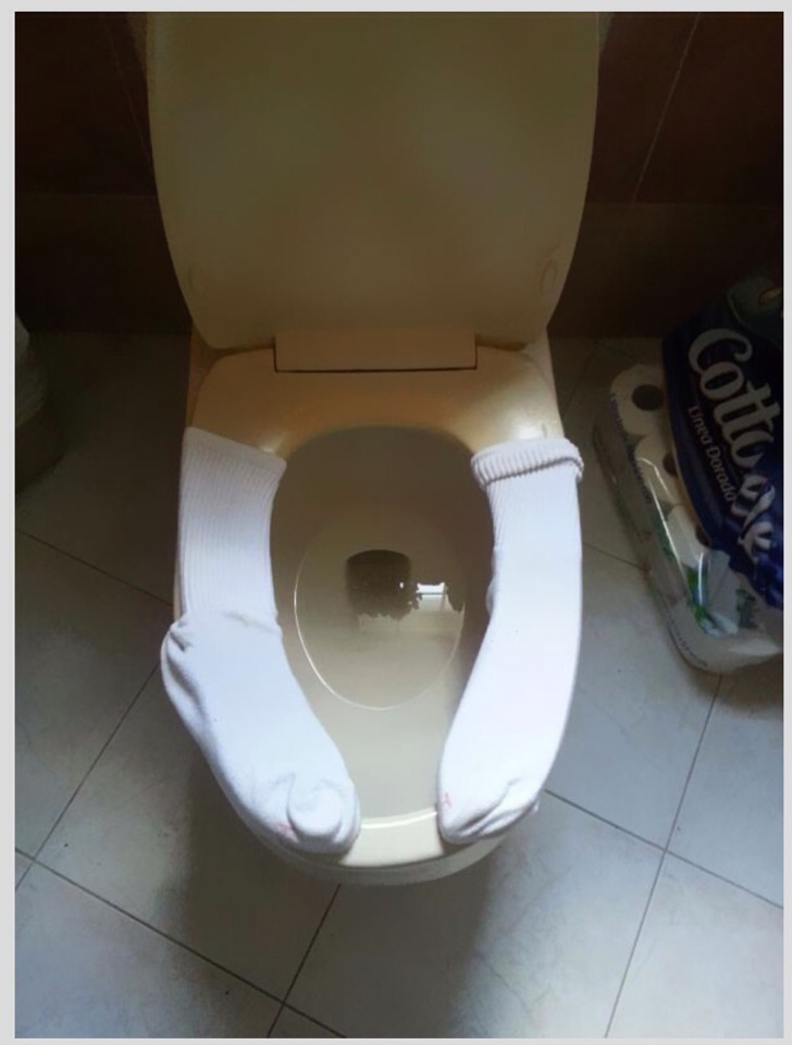 Outstanding Reusable Public Toilet Seat Covers By Ac Clark Musely Creativecarmelina Interior Chair Design Creativecarmelinacom