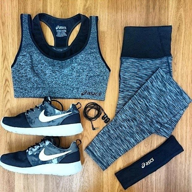 Fashion tip: You know how in middle school, you were extra excited to go to school when you had a cute outfit to show off? I totally stole that feeling for my workout clothes. When I'm feeling a slump in my routine, I make coordinating workout outfits to spark my interest in hitting the gym!