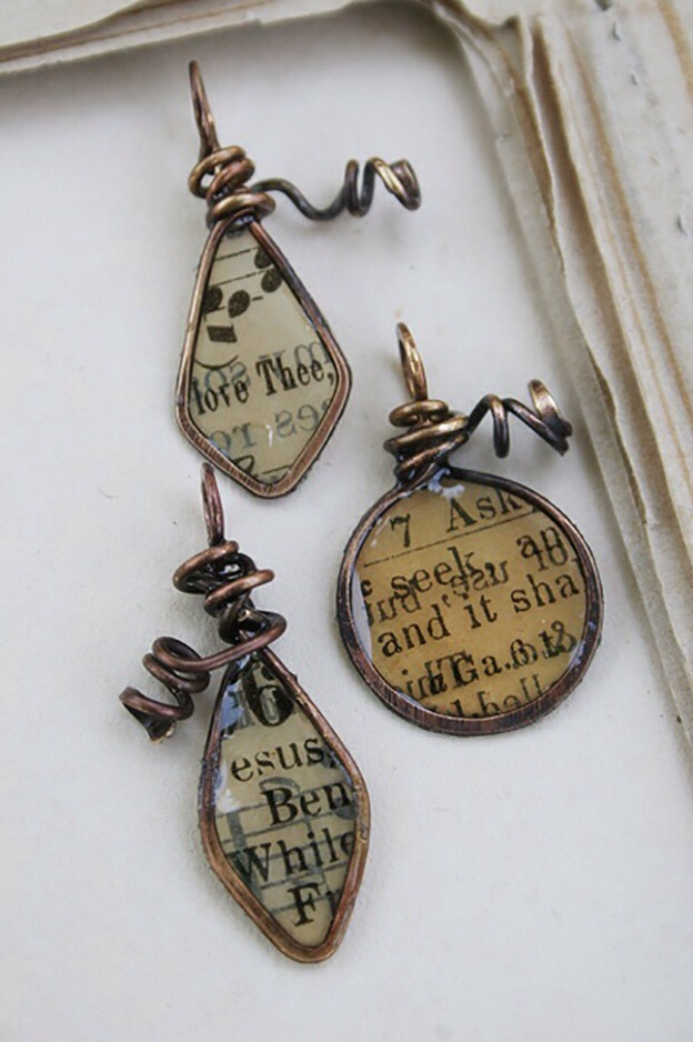 Recycled Books Resin Paper Wire Forms