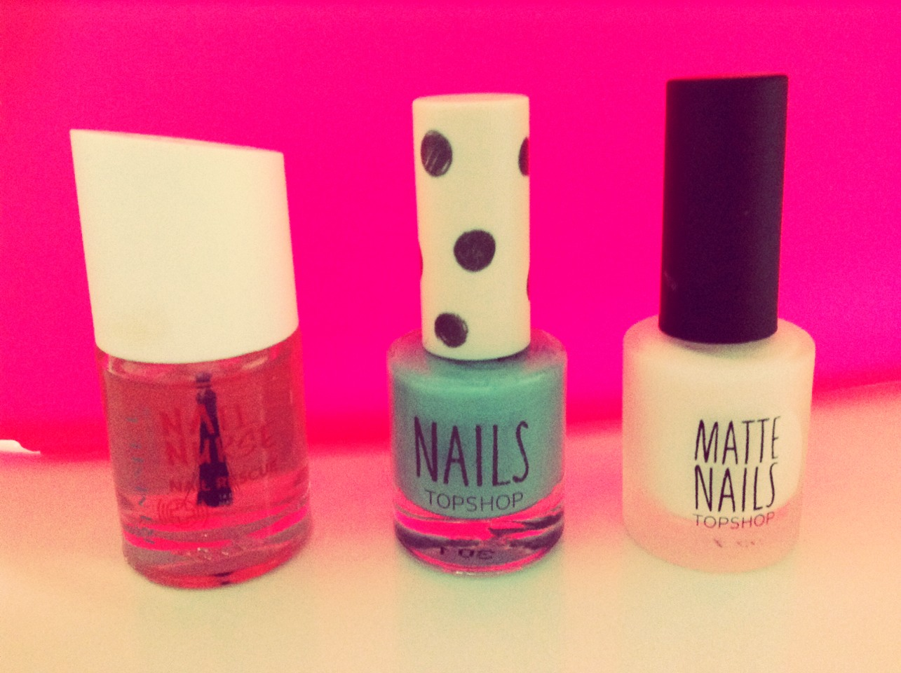 1. Pick the colours you would like (i.e) 1x base coat 2x different colours of choice.