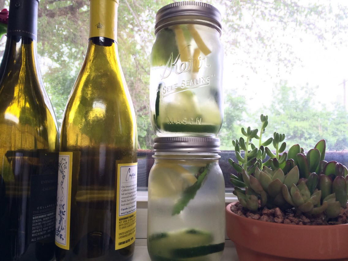 Cucumber, Lemon & Fresh Mint infused water is a well known detox water