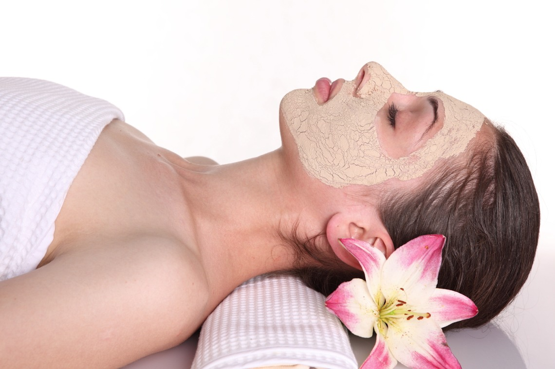 Play with your gorgeous glowing skin!