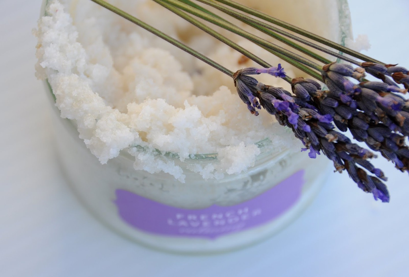 This last DIY body scrub is perfect for those days you just want to take a relaxing bath and wind down. It's the lavender salt body scrub! The ingredients you'll need are: •Dried lavender (optional)  •Lavender essential oil (for fragrance) •Sea salt  •Coconut oil