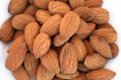 Almonds  Munch on ten almonds or cashews, or one tablespoon of nut butter for a protein-packed snack!