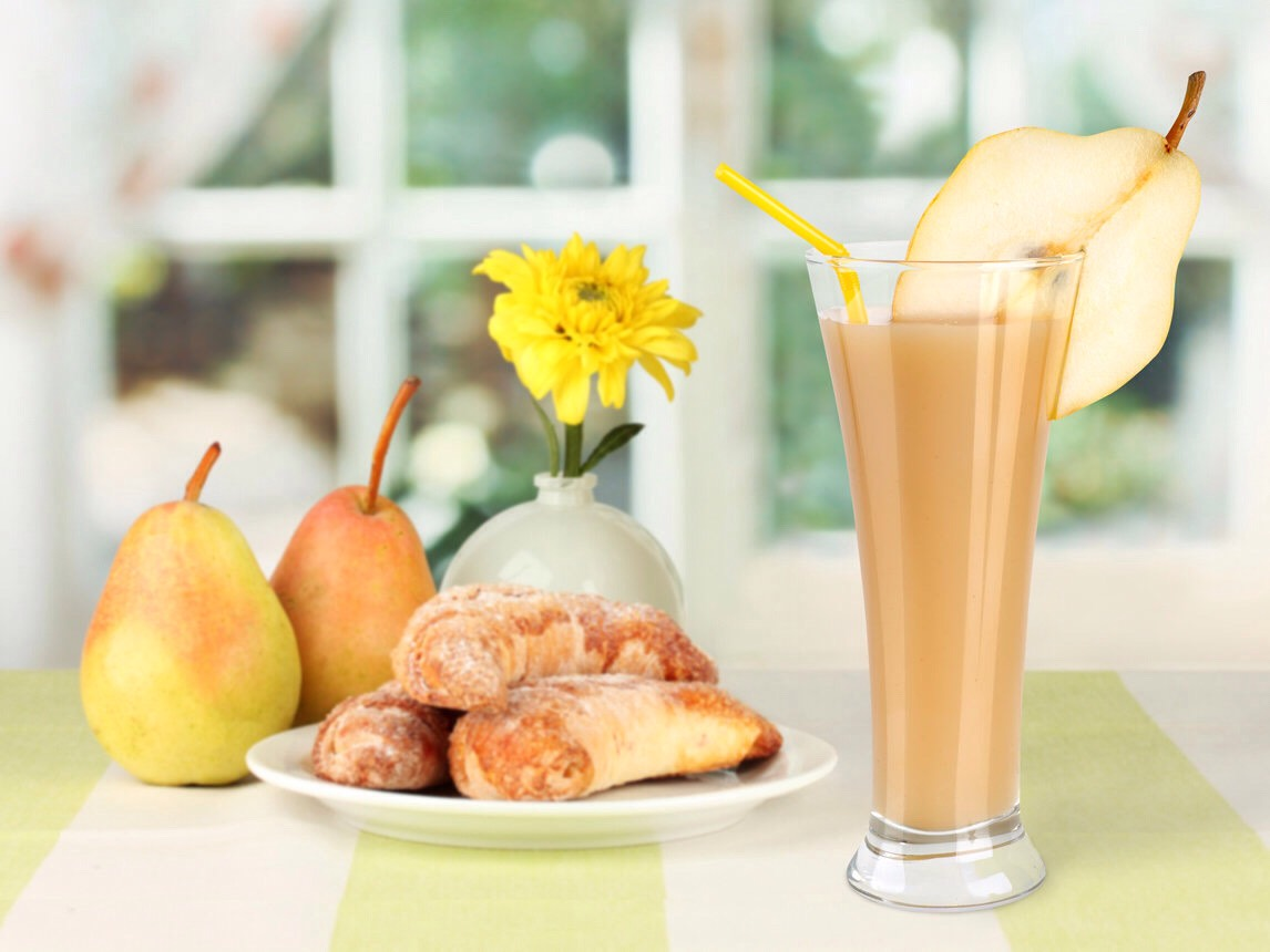 Ginger pear smoothie  1 cup of water 1 pear (peeled and cored) 1 cup of baby spinach  1 tablespoon of honey 1 tablespoon of flax seeds  1/4 inch of ginger (peeled and grated)
