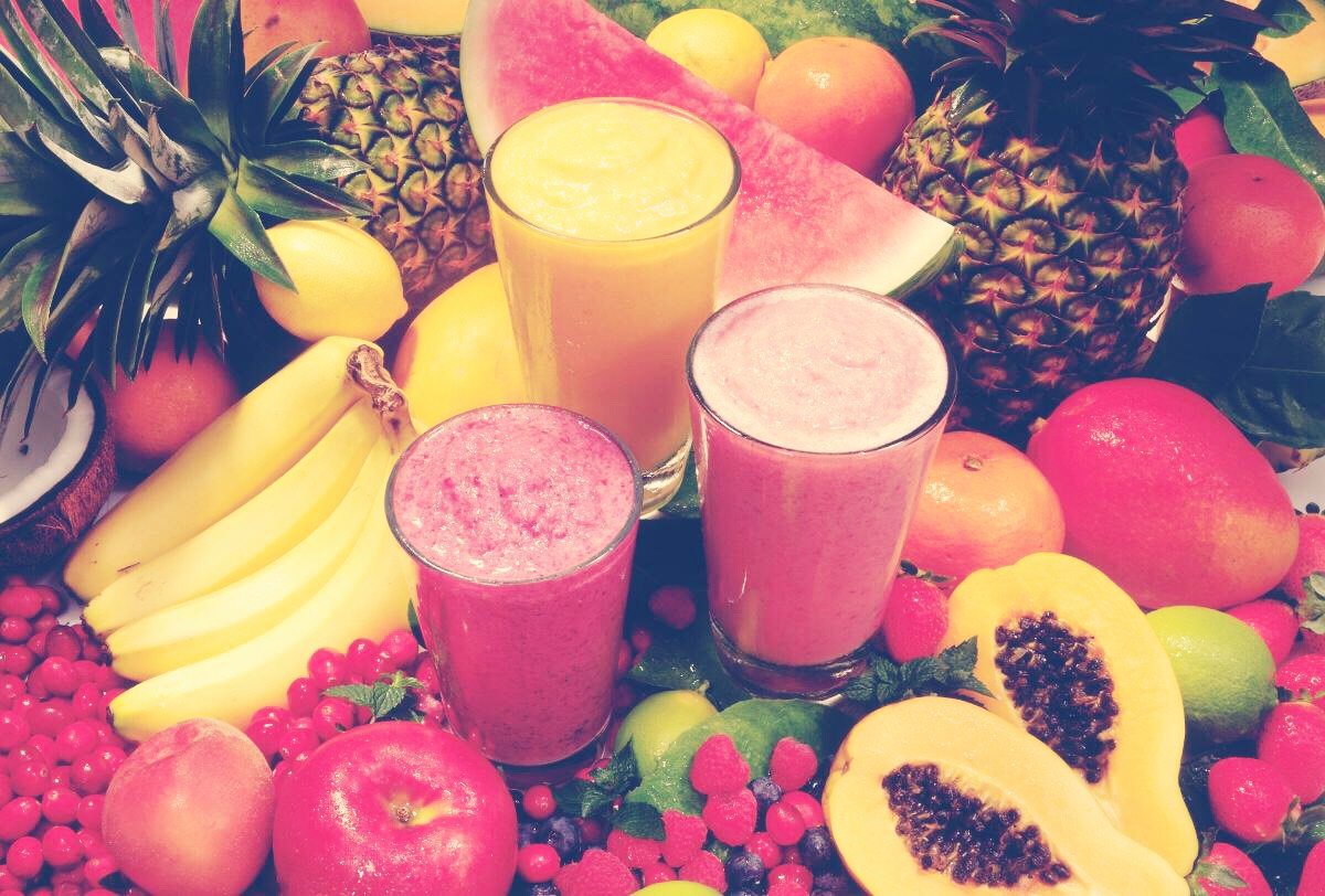 First pick the fruit you want to blend in your smoothie🍌🍓🍍🍒🍇🍉🍎