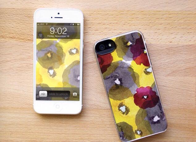 14. Watercolor phone case