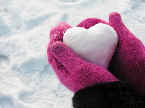 Gloves and mittens: Look for gloves and mittens that use waterproof, breathable fabrics. Mittens, in general, are warmer than gloves, but offer you less dexterity. Consider the type of activity you'll be doing.