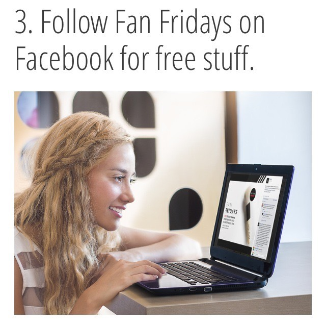 """Every company will tell you to follow them on Facebook, but it's actually a good idea to """"like"""" Sephora because of their Fan Friday freebies, like this Bobbi Brown Face Blender Brush Mini, free with $25 minimum purchase."""