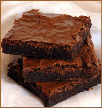 4: VANILLA   Don't forget your vanilla, this takes the bitterness out of the cocoa. 5: CHOCOLATE CHIPS Go for dark and/or white chocolate chips. Avoid milk chocolate chips as they tend to just blend in with the brownie, or they can ever have a sour taste if they don't match the flavour.