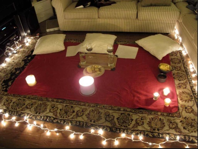 Add some lights for a romantic touch. Breakfast, lunch or dinner is simple.