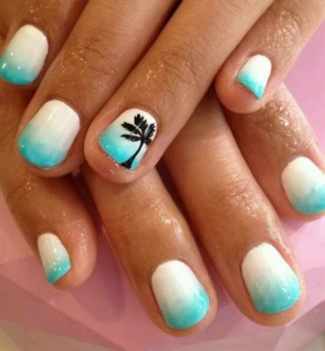 These nails would be perfect for your summer holiday!