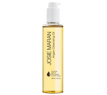 Cleansing oils: Cleansing oils are a great way to remove make-up at the end of a long day. They help to remove everything! Cleansing oils are perfect for all skin types because it balances the skin and normalizes everything! ( it also helps to fight acne )