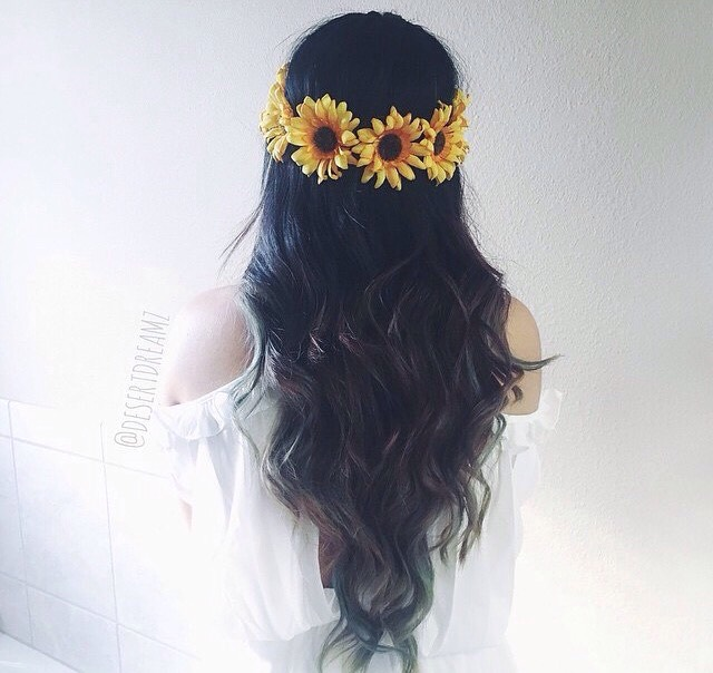 3: 🌸Flower Crowns🌸 These look BEAUTIFUL with anything (again😝) and I can't get enough of them! Meaning I have almost every one anyone has ever made lol!