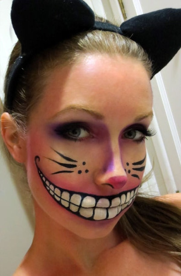Cheshire Cat?? Who doesn't love it? It's cool but creepy looking at the same time!