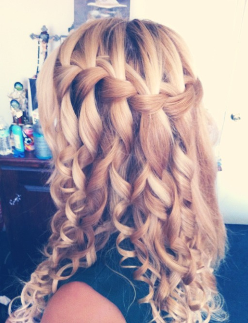 Completely in love with waterfall braids!😍
