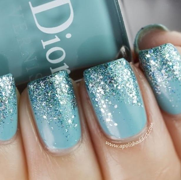 Glitter looks awesome with this colour too!