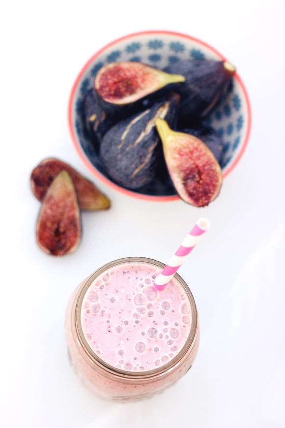 Fresh Fig & Banana Smoothie  Ingredients 3-4 fresh figs, washed and stems removed the halved  1 frozen banana  1 1/2 cups unsweetened almond milk (or other non-dairy milk)  1 teaspoon vanilla extract  1 tablespoon ground flaxseeds, optional  Handful of ice  Instructions Add all of the ingredients to your blender, blend until smooth and creamy.   Serve immediately!