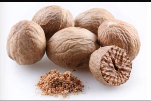 1 tbsp whole nutmeg ( i like to grate it myself but you can use any kind of nutmeg you have at home)