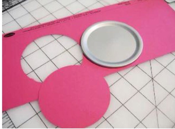 Instructions: 1. Using the lid of the jar, cut out a circle of the same size from the card stock Canning Jar Pin Cushion.