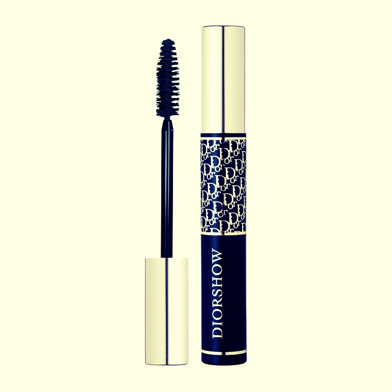 Tire of buying new mascara because it's getting dry. There is one simple solution.