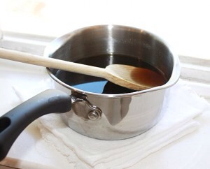 Stir until all the sugar is completely dissolved. Take off the heat.