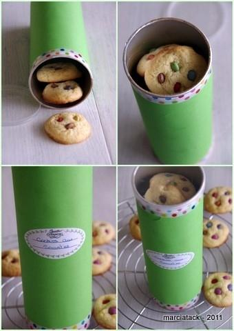 Home-Baked Cookies in a Revamped Pringles Can