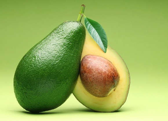 The good fats, vitamins A as well as E, protein and different other minerals in avocado are extremely helpful for drying and damaged hair. Avocado also assists add moisture to dry hair shafts as well as strengthen your hair.