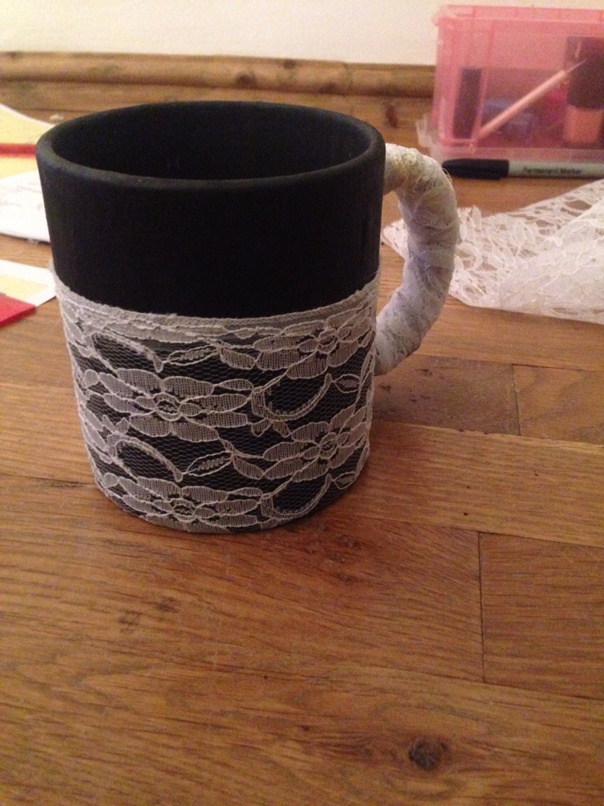 You can also lace the handle although mine kind of looks like it's been bandaged.. Woops!