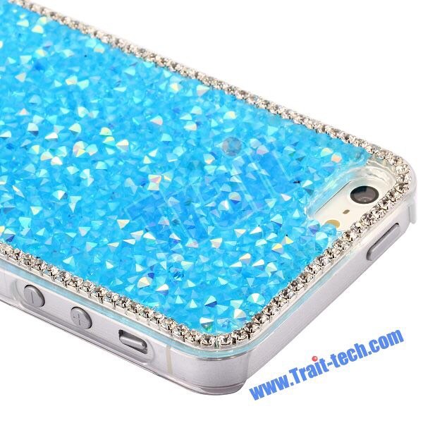 If you're more of the glitz and glam type, then you couldn't possibly go wrong with rhinestones. Granted, they can be tiny so this one can be a little tedious. But you don't have to cover your entire phone, maybe just a little stone here and there.