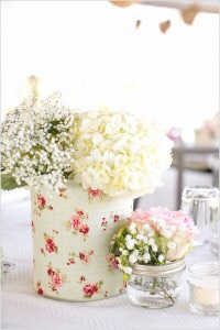 Turn a can into a lovely vase!