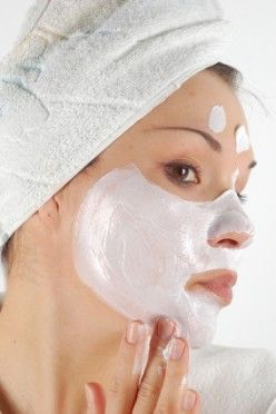 4 Fabulous Coconut Oil Face Mask Recipes For Glowing Skin (Dry Skin Mask, Acne Treatment and Scrub) Coconut is a truly amazing natural gift from mother earth. It is loaded with beneficial vitamins and nutrients to nourish, moisturize and protect skin.