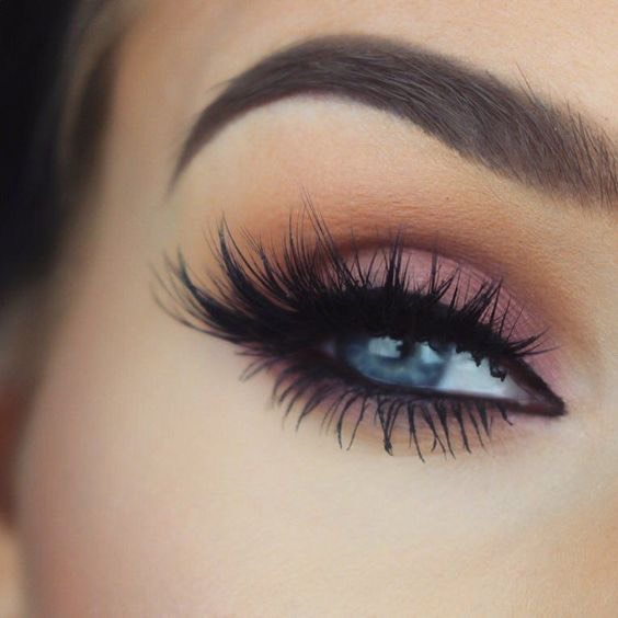Master the smokey eye December is definitely the season to grab charcoal eyeliner or some sparkly eyeshadow for glitz and glamour. The key is to blend – use a softer colour in the corner of your eye and add the darker shades as you work your way out.