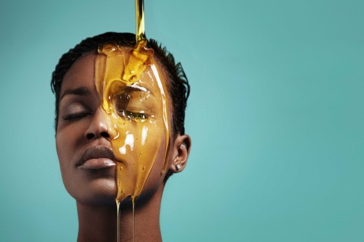 Use a couple drops of beauty oil to seal everything in. Beauty oil will help balance your natural oils, and manage pore-clogging.