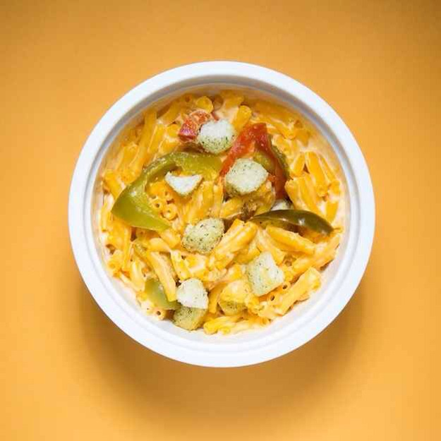 Jalapeño Popper Mac - Stir in pickled jalapeño slices, cream cheese, and crushed croutons. Pls tap for full view.