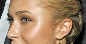 2. As a cheekbone highlighter: Nothing perks up a tired face like a little highlighter, but you don't need store-bought products to achieve the same effect. Simply sweep a small amount of coconut oil on top of makeup and leave it alone.