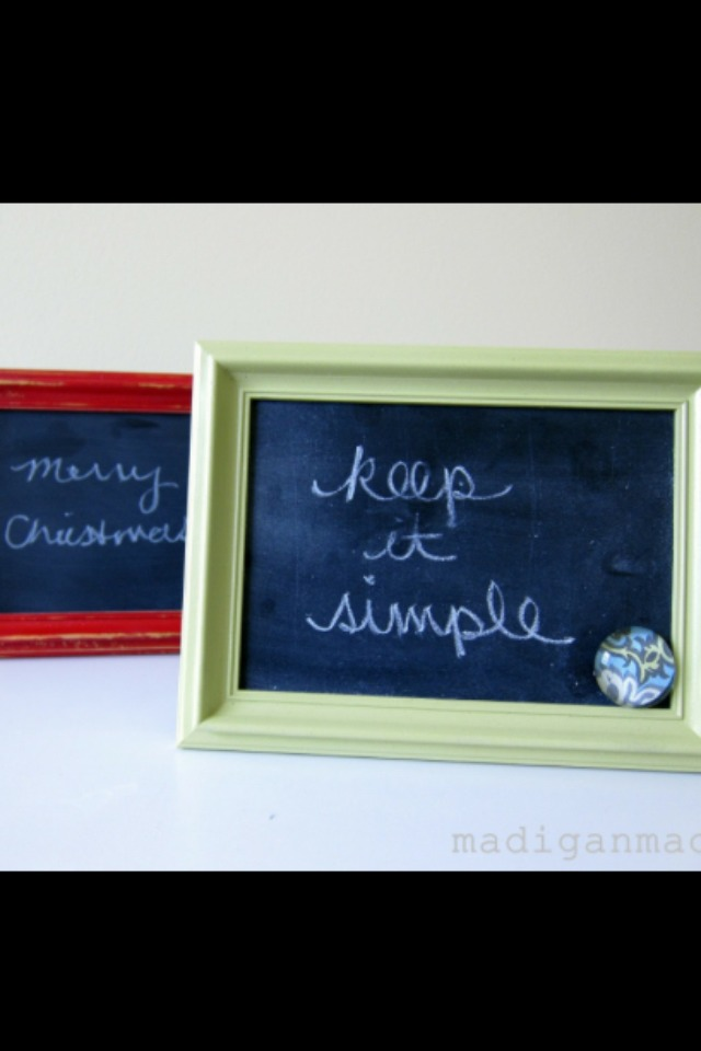 Once dried set the glass and cardboard into the frame and close it off. Now you have a cute home decoration. For some extra bling you can apply a fiew stickers of your choice onto the frame.